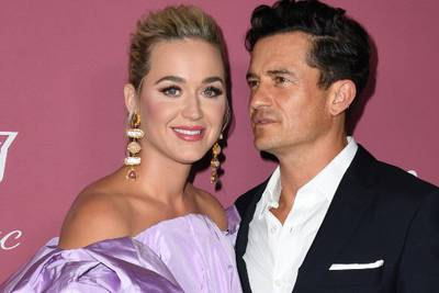 """Katy Perry proclaims Orlando Bloom """"Dad of the Year"""" after he decorates their daughter Daisy's room"""